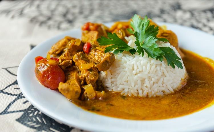 poulet-curry-avec-riz
